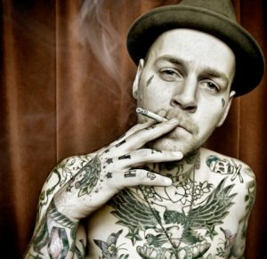 smoking and tattoo removal